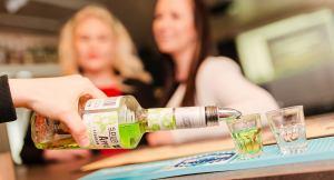 afaritalon kodikas ja viihtyisä pub palvelee vuoden jokaisena päivänä.